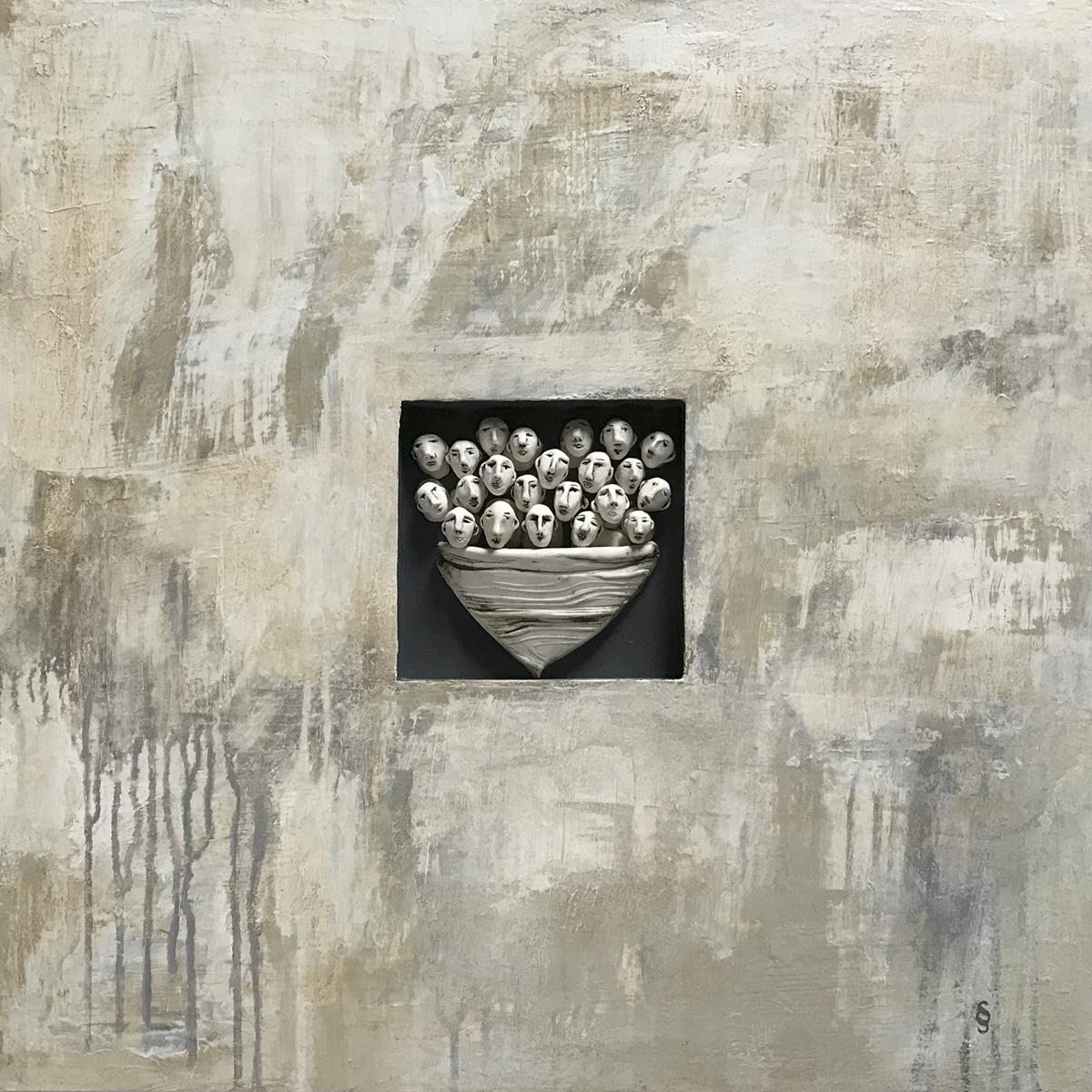 Dérive - Drifting, Acrylique sur panneau et céramique, 24 X 24 po. Sylvie Schueler © 2019 . Prix du public Galerie Arts Sutton