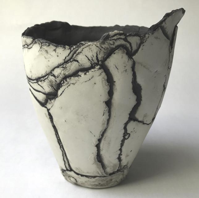Vase en porcelaine © Sylvie Schueler 2020